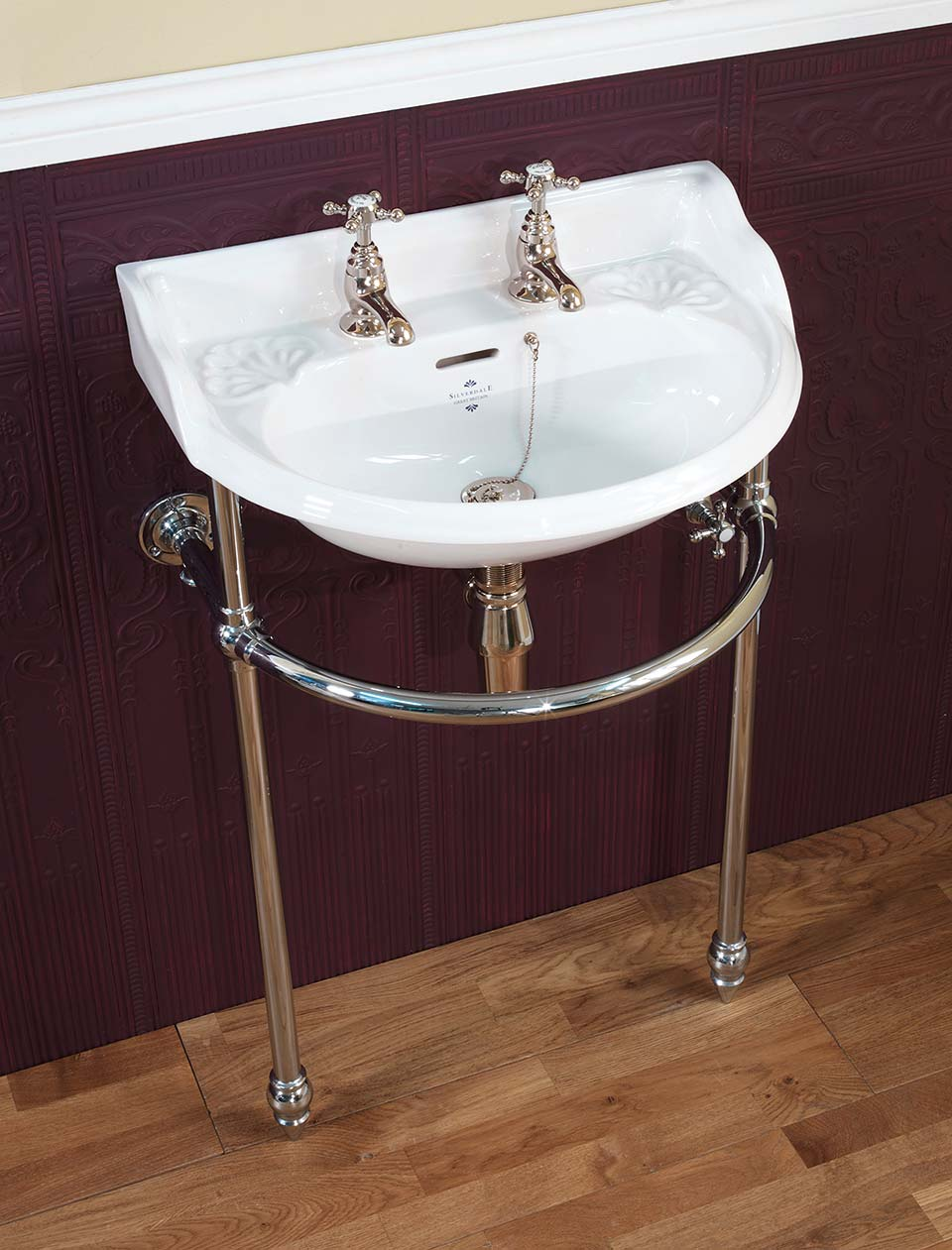 Victorian Cloakroom basin on heated stand
