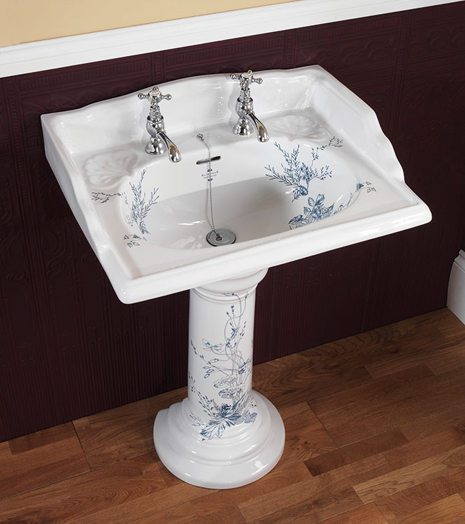 Best 25 Victorian Bathroom Faucets Ideas On Pinterest: Victorian Bathroom Suites